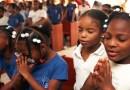Tanzánia sa podľa prezidenta s koronavírusom vysporiadala modlitbami