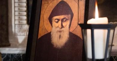 Predvídavé slová sv. Charbela o útokoch diabla na rodinu