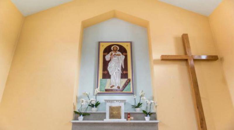 Zázračné uzdravenie Ugo Festa pred ikonou Božieho milosrdenstva
