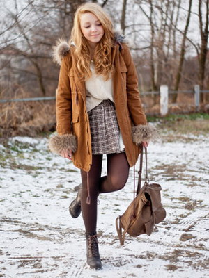 What can I wear with brown tights? 10