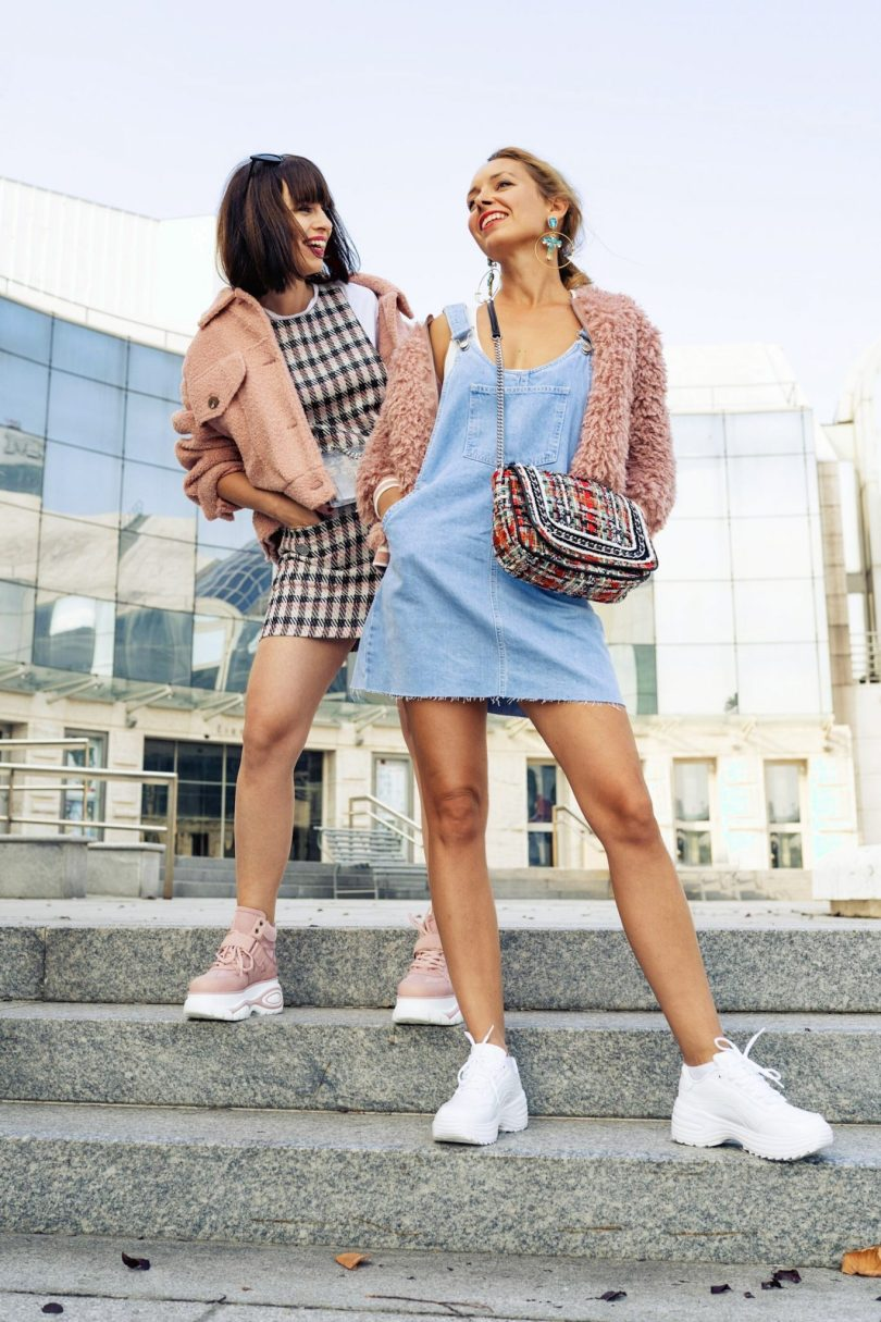 Tenisky blogerky jesenna moda co nosit na jesen