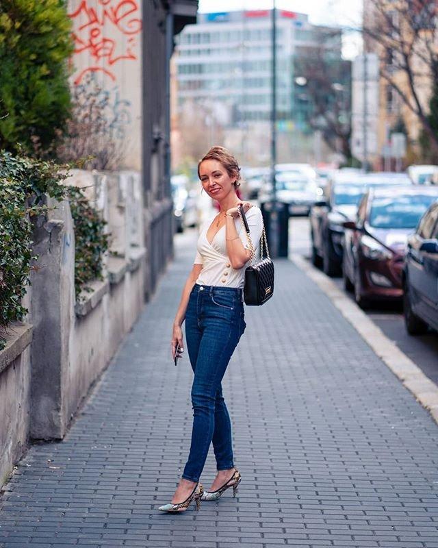 Topánky 10 tipov na blogerka blog farebné lodičky dzinsy s vysokym pasom modny tucet