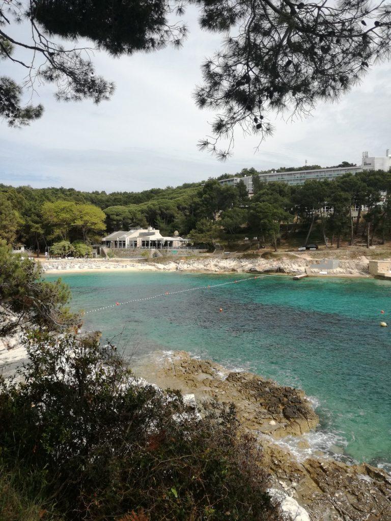 Ostrov Losinj Chorvatsko jar dovolenka mali losinj Čikat