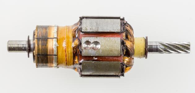 كيفية حساب قدرة المحرك الكهربائي موضوع