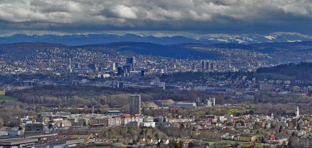 أكبر مدينة سكانية في سويسرا موضوع