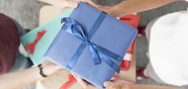 أفكار هدايا عيد ميلاد للرجال موضوع