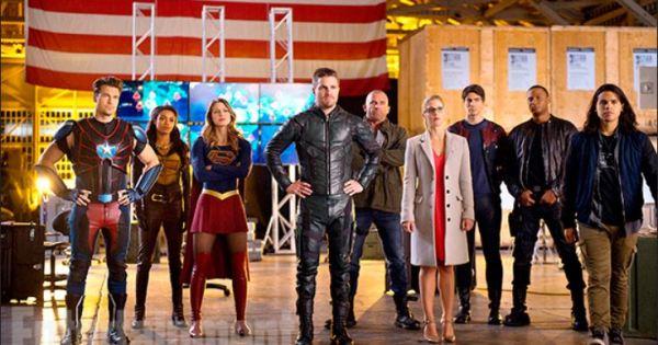 arrow flash legends of tomorrow supergirl