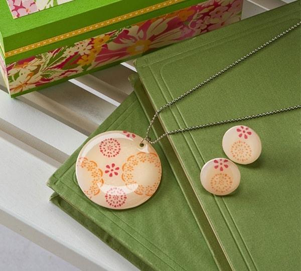 Fair isle DIY necklace and earrings