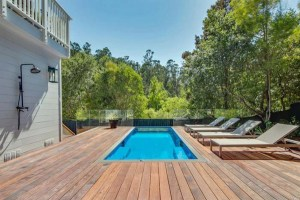 Modpool, swimming pools made from recycled shipping containers
