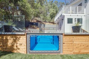 Modpool, swimming pools made from recycled storage containers