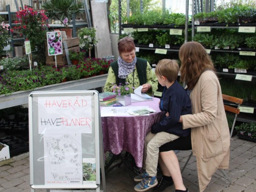 Du kan få havebesøg eller lavet en haveplan af vores havearkitekt Tine Spang Olsen