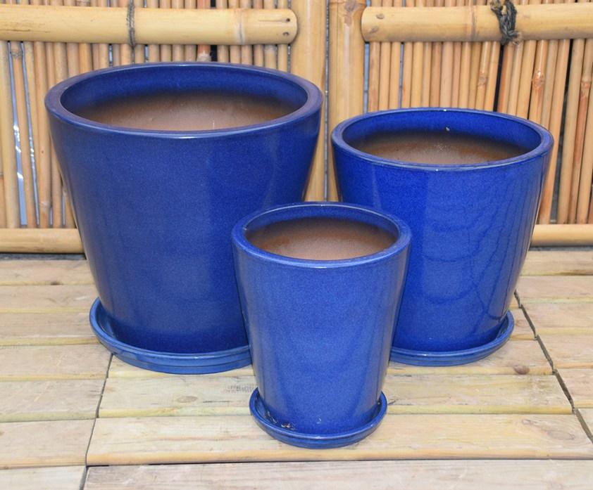 blå glaseret havekrukke