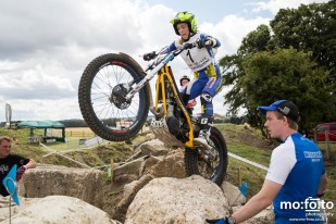 Emma Bristow during qualification laps at North Berks SuperTrial – NATIONAL Championship, 03 AUGUST 2013