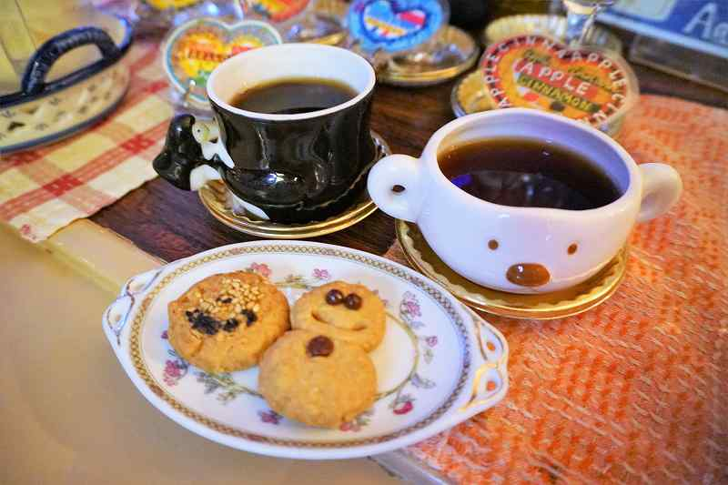食後のホットコーヒー&手作りクッキー