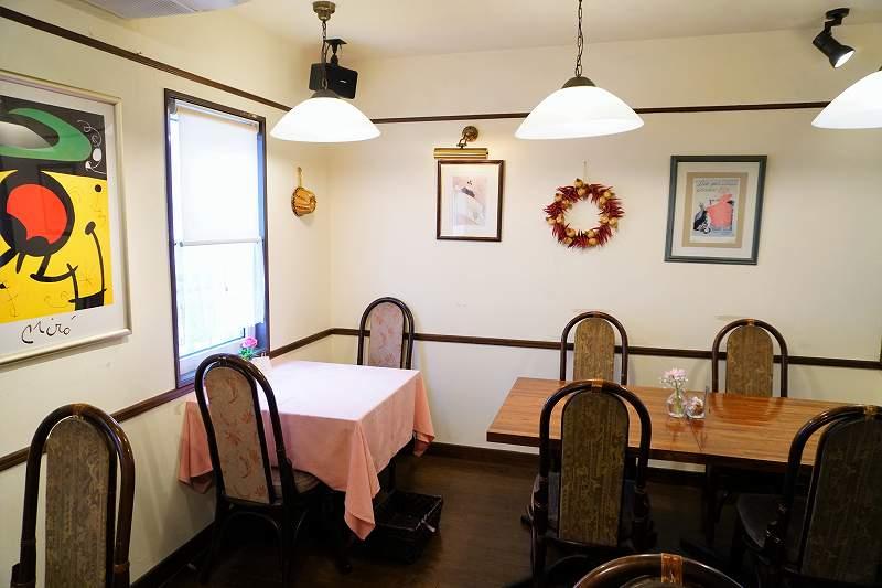 老舗レストランのような あたたかみのある雰囲気