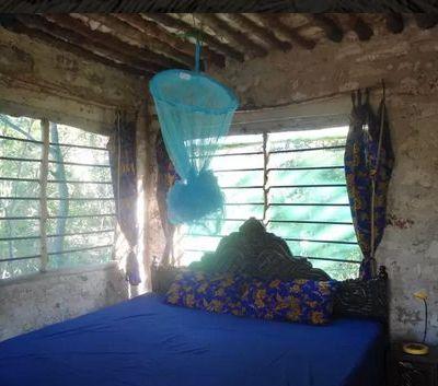 Airbnb Kenya island cottage