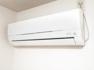 エアコン ポコポコ 換気扇 原因 対策