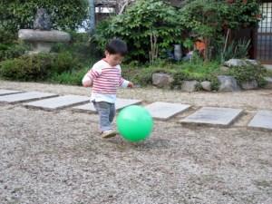 ビニールボール 空気の入れ方 ボール 空気入れ 100均 代用