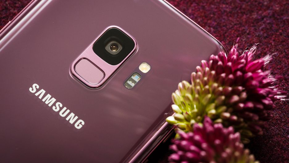 Samsung-Galaxy-S9-and-S9-Plus-Unpacked-2018-Mohamedovic (10)