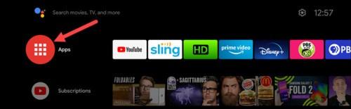 الضغط على كلمة Apps في يسار صفحة Android TV الرئيسية