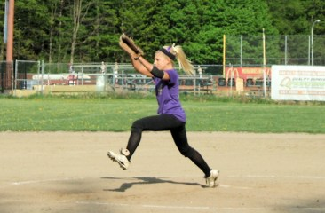 Michaela Puglisi pitching