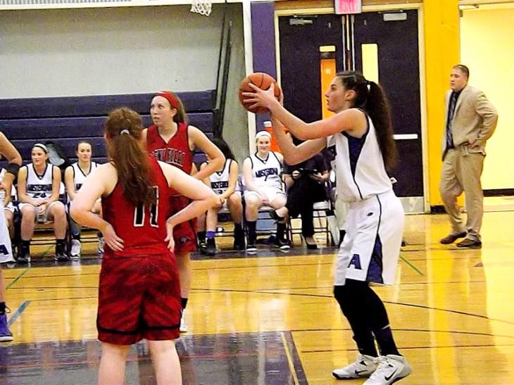 Nina Fedullo shooting free throws