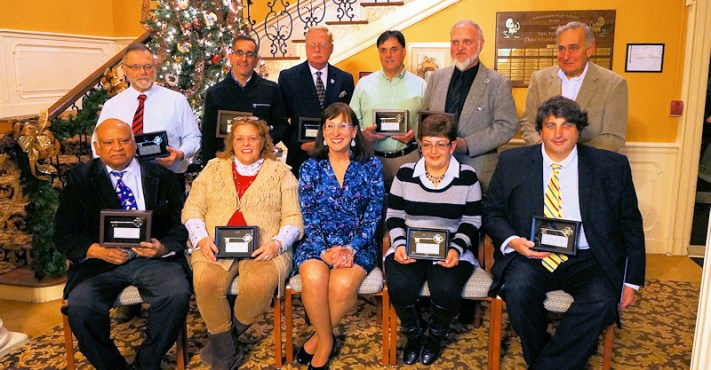 Mayor Ann Thane (center, front) with Key to the City recipients