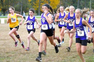Start of the modified girls race
