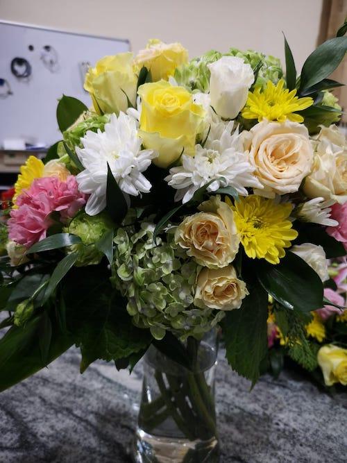 Customised flower delivery UAE