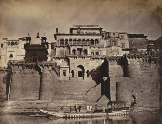 the_maharajas_fort_front_view_-benares