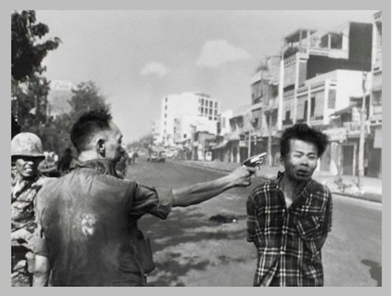 Eddie Adams, Police Commander Nguyen Ngoc Loan killing Viet Cong operative Nguyen Van Lem, February 1,1968. The Museum of Fine Arts, Houston, museum purchase © Associated Press