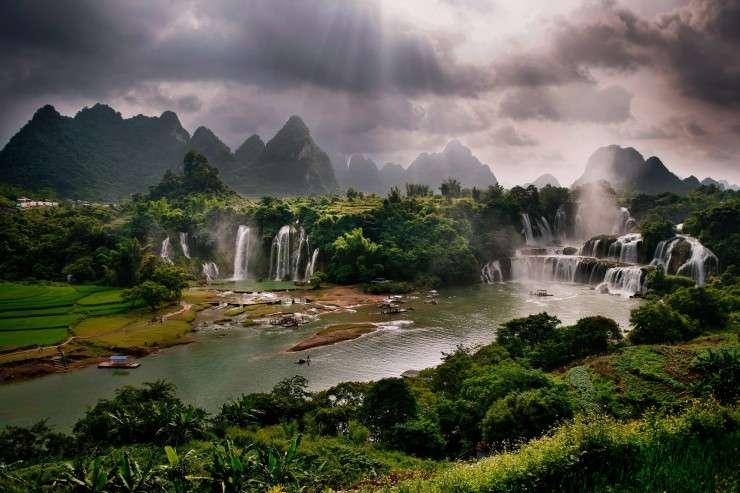 Top 10 kỳ quan thiên nhiên đáng kinh ngạc nhất châu Á