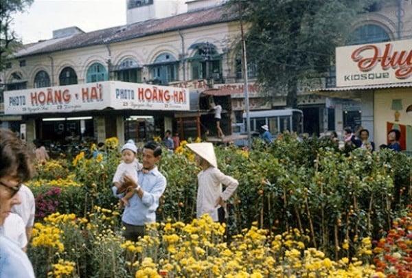 Tản mạn về chợ tết Sài Gòn