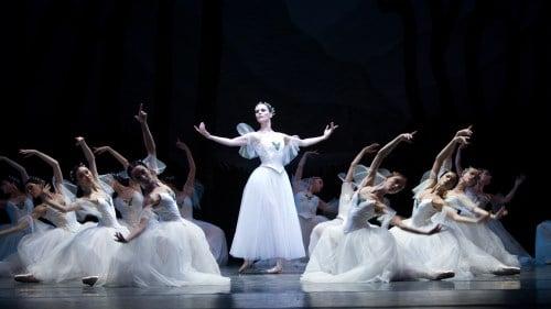 Vở ballet Giselle: Vị tha là biểu hiện đẹp nhất của tình yêu chân thật