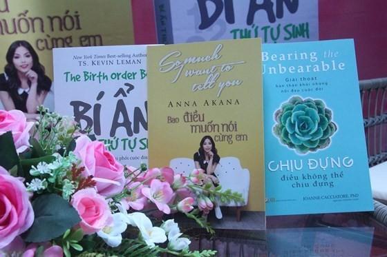 3 cuốn sách với những nội dung khác nhau, nhưng đều hướng các bạn trẻ đến cuộc sống tích cực hơn