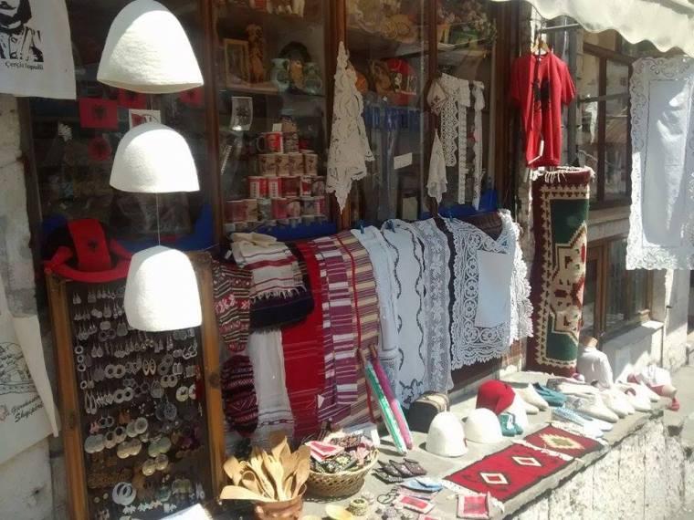Sklepik w Gjirokastrze