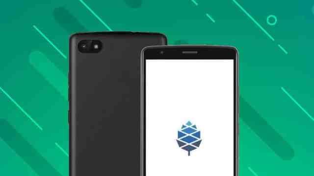 "PinePhone: ""BraveHeart"" limitovaná edice linux telefonu - RECENZE"