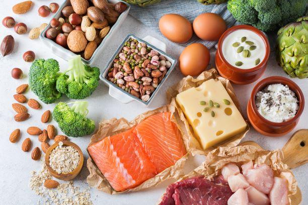 Jak rychle zhubnout jednoduché kroky: jezte protein, tuk a zeleninu