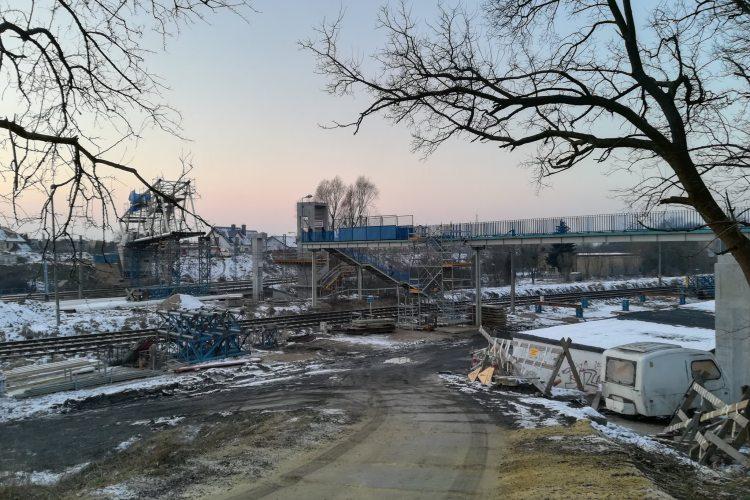 Budowa Kładki na Pomorzanach w lutym 2018