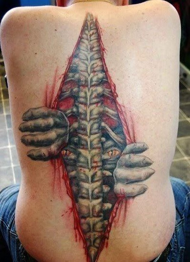 20-most-amazing-yet-disturbing-tattoos-that-might-scare-you-20