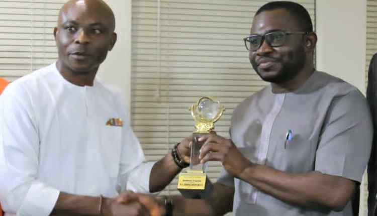 NUJ Honours Gov. Yahaya Bello With Torchbearer Of Security Award