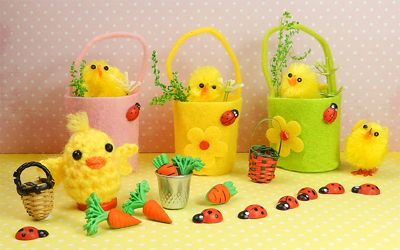 Little Chick - Free Pattern by Moji-Moji Design