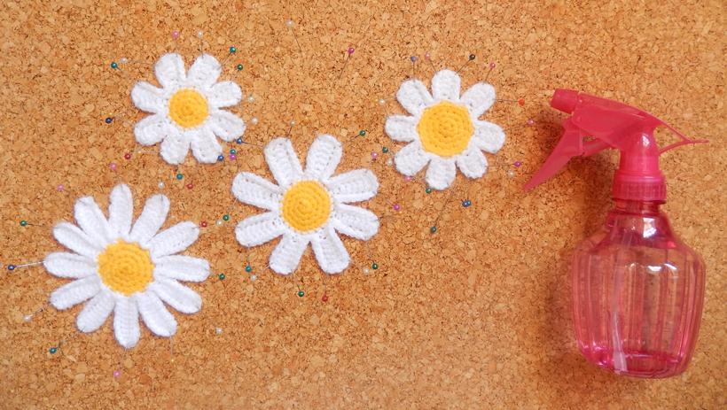 blocking-daisies
