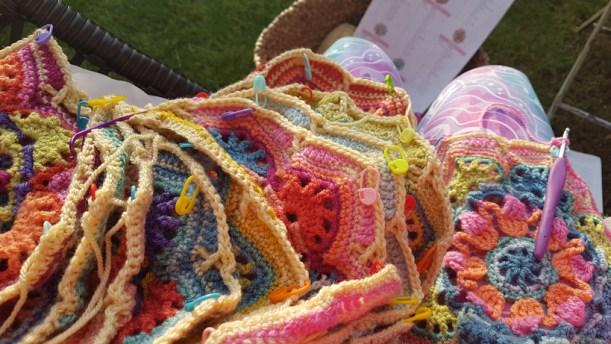 Kết quả hình ảnh cho 14. Crochet Hot Water Bottle knitting halloween