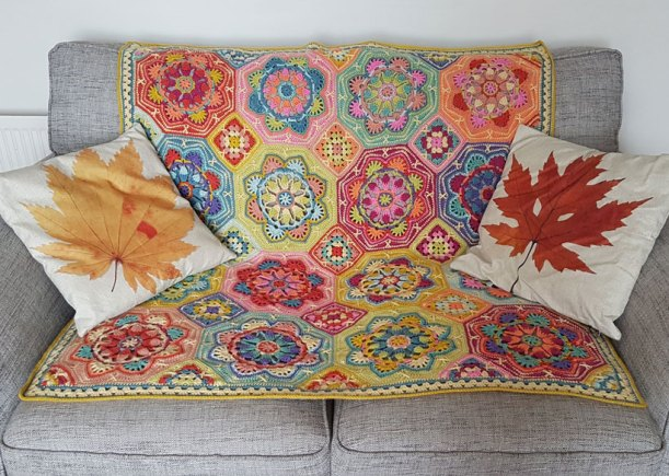 persian-tiles-throw