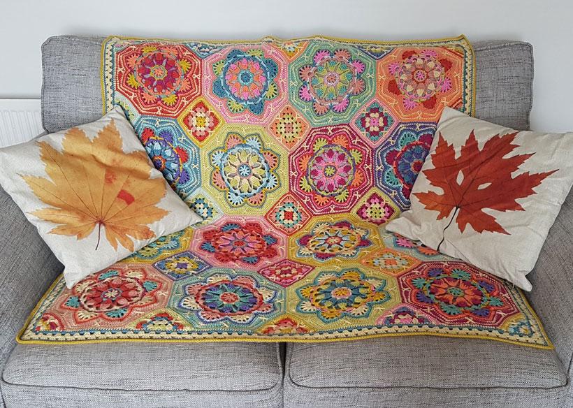 persian-tiles-throw