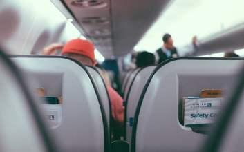 Perjalanan Melawan Aerophobia, Ketakutan Luar Biasa untuk Naik Pesawat takut naik pesawat kecelakaan pesawat terminal mojok.co