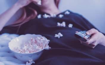 Alasan Orang Lebih Memilih Menonton di Rumah Daripada di Bioskop