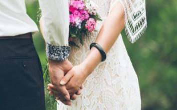 Buanglah Khayalan Romantis Pernikahan kalau Masih Serumah dengan Mertua terminal mojok.co