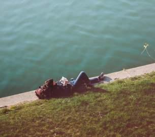 introvert ingin berteman